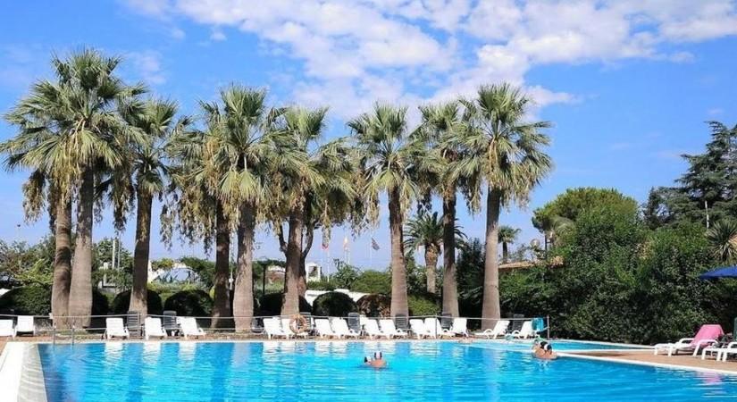 Villaggio Turistico La Mantinera Residence | Foto 1