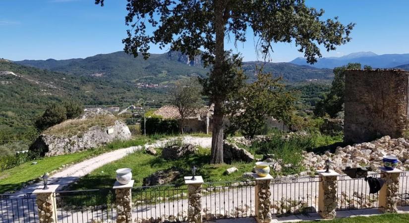 Borgo Donna Teresa | Foto 2