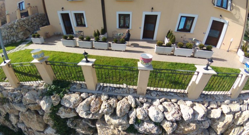 Borgo Donna Teresa | Foto 1