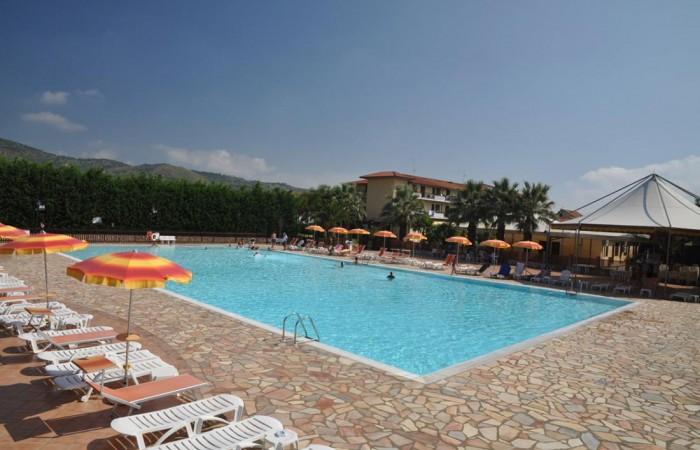 Artemis Hotel Club