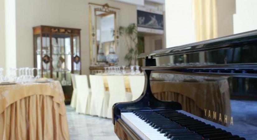 Solofra Palace Hotel   Foto 8